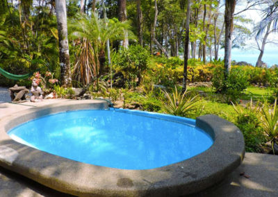 Pool_tucanTerra